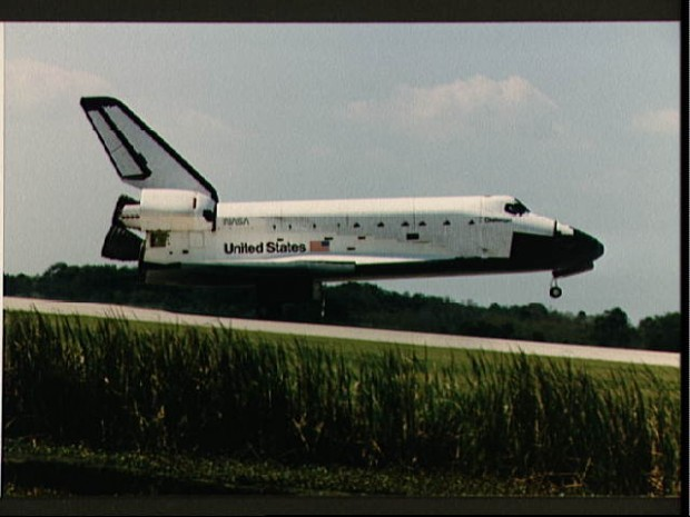 The Space Shuttle Challenger lands at Kennedy Space Center (KSC) at the end of the STS 41-G mission.